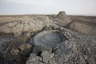 gobustan-mud