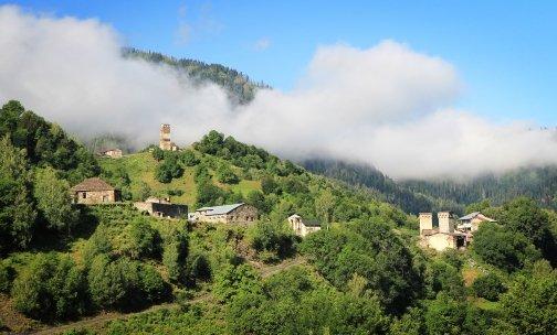 https://www.caravan-serai.com/wp-content/uploads/2017/01/Georgia-CaucasusMtns-sm.jpg